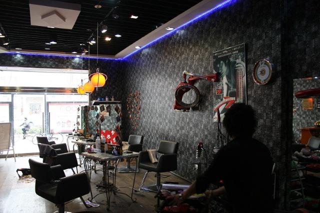 理发店的涂鸦与漫画-七色阳光彩绘工作室-搜狐博客