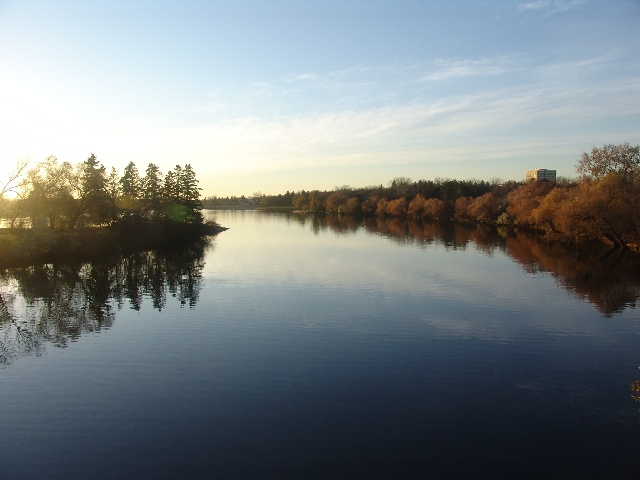 里贾纳市人工湖----加拿大风情之八