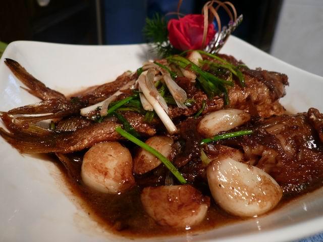 蒜烧小黄鱼是哪的菜_大蒜头烧小黄鱼-孔娘子厨房-搜狐博客