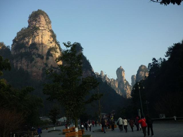 张家界风景区金鞭岩图片